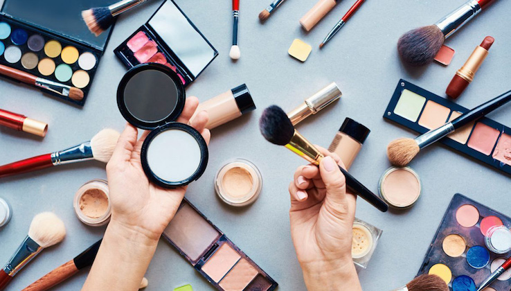 Glossy expands beauty focus with new editor, events